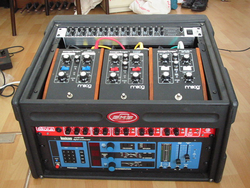 Moog MoogerFooger - Ring Modulator -- Musical Instruments ...