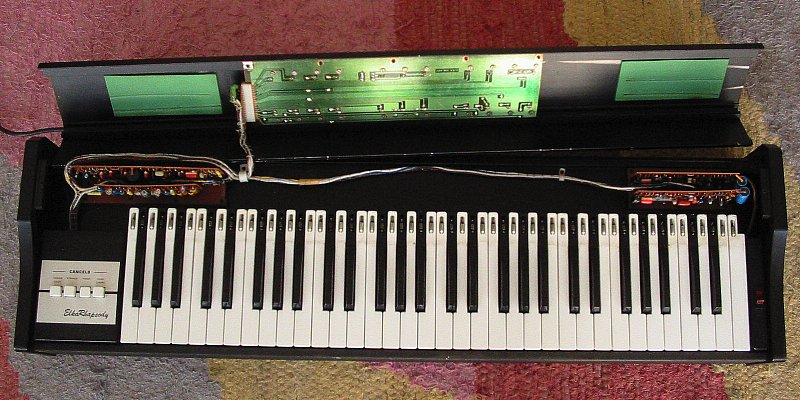 ELKA Rhapsody insides above the keyboard