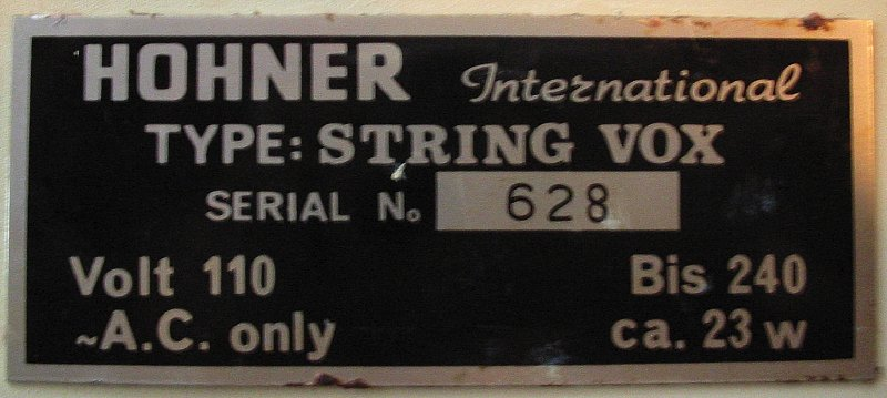 Hohner String Vox label
